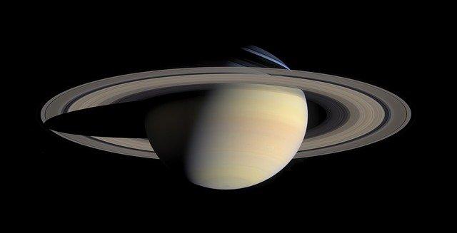 Zajímavost o Saturnu