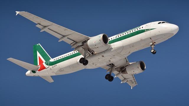 letící letadlo