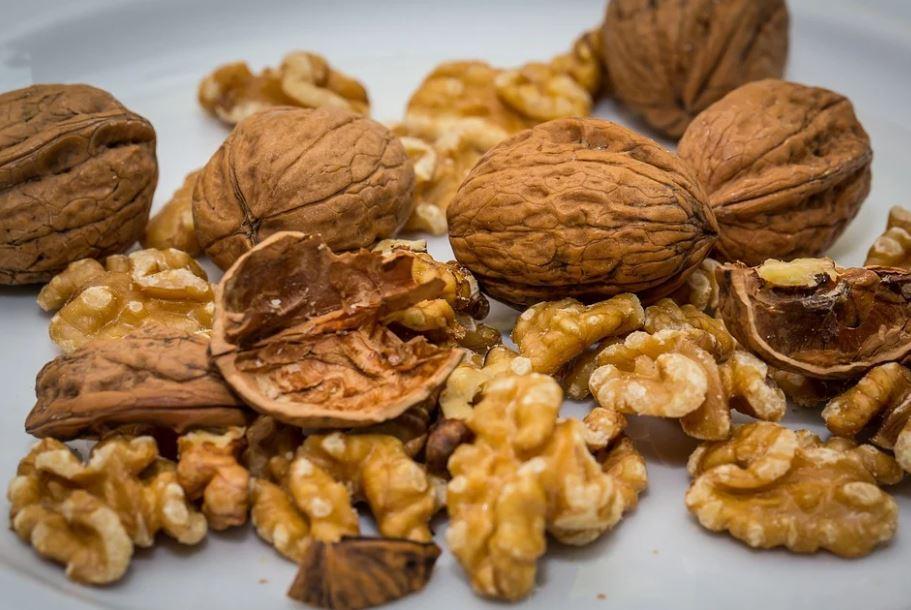 vyloupané ořechy